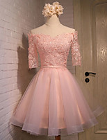 Short / Mini Lace / Tulle Bridesmaid Dress A-line Off-the-shoulder with Appliques