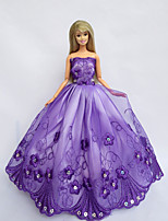 Poupée Barbie-Violet-Princesse-Robes- enSatin / Dentelle