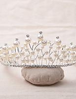 Vrouwen Parel / Bergkristal / Licht Metaal Helm-Bruiloft / Speciale gelegenheden Tiara's 1 Stuk Helder Onregelmatig 18