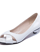 Women's Shoes Patent Leather Low Heel Peep Toe / Basic Pump Heels Dress / Casual Black / Blue / Pink / White