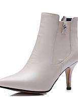 Mujer-Tacón Stiletto-Botas a la Moda / PuntiagudosOficina y Trabajo / Vestido / Fiesta y Noche-Semicuero-Negro / Beige
