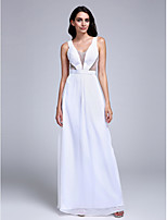 Formal Evening Dress Sheath / Column V-neck Floor-length Chiffon with Beading / Sash / Ribbon / Side Draping