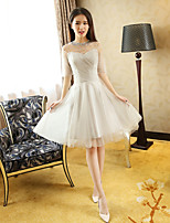 Knee-length Tulle Bridesmaid Dress Princess Jewel with Beading / Draping