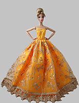 Poupée Barbie-Orange-Princesse-Robes- enSatin / Dentelle