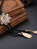 Fashion Men's Jewelry Shirt Necktie Hollow Snowflake Pattern Bolo Tie