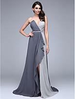 Evento Formal Vestido Linha A Decote V Cauda Corte Chiffon com Miçangas / Detalhes em Cristal / Drapeado Lateral / Cruzado