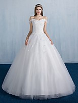 Ball Gown Wedding Dress Floor-length Off-the-shoulder Lace / Satin / Tulle with Flower / Lace