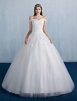 볼 드레스 웨딩 드레스 바닥 길이 오프 더 숄더 레이스 / 새틴 / 튤 와 꽃장식 / 레이스
