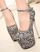 Women's Shoes Stiletto Heel Round Toe Heels Dress Gray / Beige