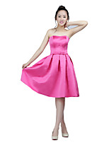 Knee-length Satin Bridesmaid Dress A-line Strapless with Bow(s)