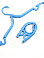 4 stuks voudige hanger wasknijpers wasmiddel reizen ruimtebesparende garderobe doek hanger opvouwbare (willekeurige kleuren)