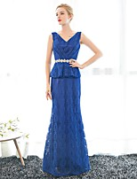 Formal Evening Dress Sheath / Column V-neck Floor-length Lace / Satin with Crystal Detailing