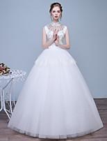 볼 드레스 웨딩 드레스 바닥 길이 하이 넥 레이스 / 새틴 / 튤 와 비즈 / 레이스