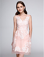 Lanting Bride® Short / Mini Organza Bridesmaid Dress - Floral Sheath / Column V-neck with Appliques