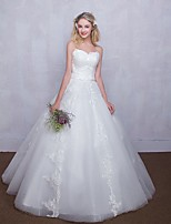 Ball Gown Wedding Dress Floor-length Sweetheart Tulle with Appliques / Lace