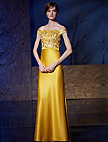 Formal Evening Dress Sheath / Column Bateau Sweep / Brush Train Lace / Satin with Embroidery / Sequins