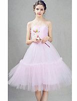 Cocktail Party Dress A-line Sweetheart Knee-length Tulle with Beading / Pleats