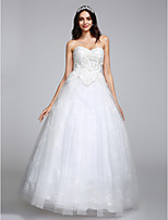 Lanting Bride® A-line Wedding Dress Floor-length Sweetheart Tulle with Appliques / Lace