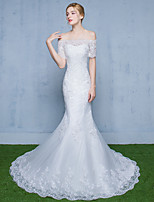 Trumpet / Mermaid Wedding Dress Sweep / Brush Train Off-the-shoulder Tulle with Beading / Lace