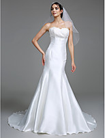 Lanting Bride® Trumpet / Mermaid Wedding Dress Court Train Sweetheart Satin with Appliques