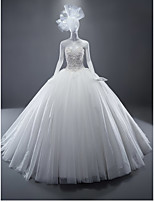 Ball Gown Wedding Dress Sweep / Brush Train Sweetheart Tulle with Appliques / Beading / Crystal