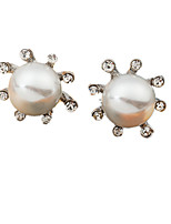 Earring Circle Jewelry Women Fashion Wedding / Party / Daily / Casual / Sports Alloy / Imitation Pearl / Rhinestone 1 pair Gold / Silver
