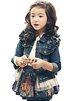 Girl's Cotton Spring/Autumn Fashion Ruffle Sleeve Lace Patchwork Denim Jacket