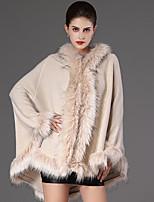 Женский На каждый день Однотонный Пальто с мехом Капюшон,Уличный стиль Зима Синий / Красный / Бежевый / Черный / Зеленый Длинный рукав,