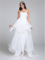 Lanting Bride® A-line Wedding Dress Floor-length Sweetheart Organza with Appliques / Lace