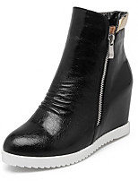 Women's Boots Winter Fashion Boots / Bootie / Round Toe Wedge Heel Zipper Black / Red / White / Champagne Others