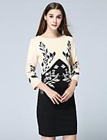 Damen Etuikleid Kleid-Lässig/Alltäglich Retro Stickerei Rundhalsausschnitt Übers Knie ¾-Arm Schwarz Polyester Herbst