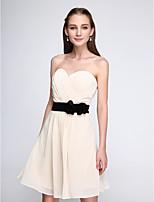 Curto / Mini Chiffon Vestido de Madrinha - Curto Linha A Coração com Laço(s) / Pregueado / Cruzado