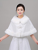 Women's Wrap Capelets Sleeveless Faux Fur Ivory Wedding / Party/Evening Rolled collar 40cm Rhinestone Clasp