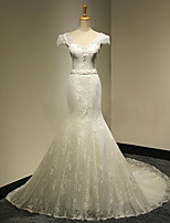 Trumpet / Mermaid Wedding Dress Court Train V-neck Lace with Beading / Crystal / Pearl
