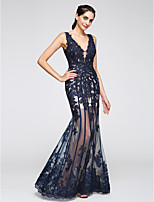 TS Couture® Formal Evening Dress Trumpet / Mermaid V-neck Floor-length Tulle with Appliques