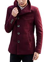 New winter men's windbreaker slim type wool tweed coat short wool woolen coat Metrosexual youth.
