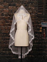 Wedding Veil Two-tier Fingertip Veils Lace Applique Edge Tulle / Lace Ivory Ivory