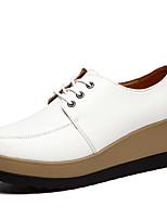 Mujer-Plataforma-Confort-Zapatillas de deporte-Casual / Deporte-Cuero de Napa-Negro / Blanco