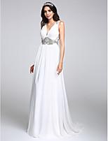 Lanting Bride® A-lijn Bruidsjurk Strijksleep V-hals Chiffon met Kristal / Gedrapeerd
