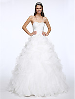 Lanting Bride® A-line Wedding Dress Chapel Train Sweetheart Organza with Beading / Criss-Cross