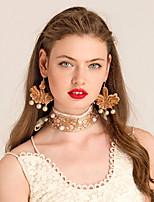 Ожерелье Ожерелья-бархатки Бижутерия Повседневные Мода Сплав Золотой 1шт Подарок