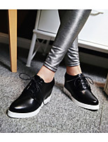 Women's Oxfords Spring / Fall Flats PU Outdoor / Athletic / Casual Flat Heel Lace-up