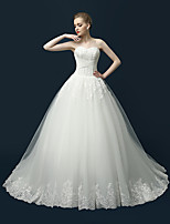 A-line Wedding Dress Sweep / Brush Train Sweetheart Lace / Tulle with Appliques / Criss-Cross / Lace
