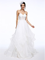 Lanting Bride® A-라인 웨딩 드레스 코트 트레인 스윗하트 오간자 와 아플리케
