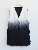 Women's Plus Size / Casual/Daily Street chic Fur CoatColor Block V Neck Sleeveless Winter White / Black Faux Fur Thick