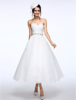 Lanting Bride® Ball Gown Wedding Dress Tea-length Sweetheart Lace / Tulle with Appliques / Sash / Ribbon