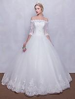 볼 드레스 웨딩 드레스 바닥 길이 오프 더 숄더 튤 와 비즈 / 레이스
