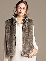 Women's Plus Size / Casual/Daily / Party/Cocktail Simple Fur Coat,Solid Stand Sleeveless Fall / Winter White / Black /