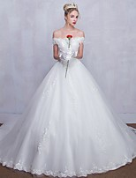 Ball Gown Wedding Dress Court Train Off-the-shoulder Tulle with Beading / Lace