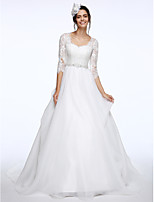 Lanting Bride® A-line Wedding Dress Court Train Queen Anne Lace / Organza with Sash / Ribbon / Appliques / Beading / Button